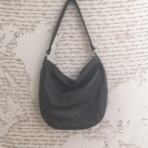 Thirty One Midway Hobo - City Charcoal Pebble